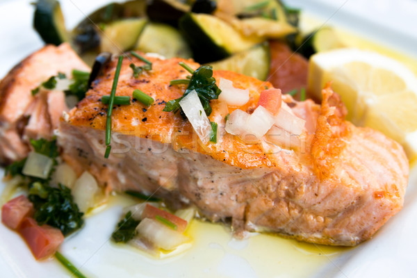 http://stockfresh.com/files/i/ilolab/m/36/1979035_stock-photo-grilled-salmon.jpg