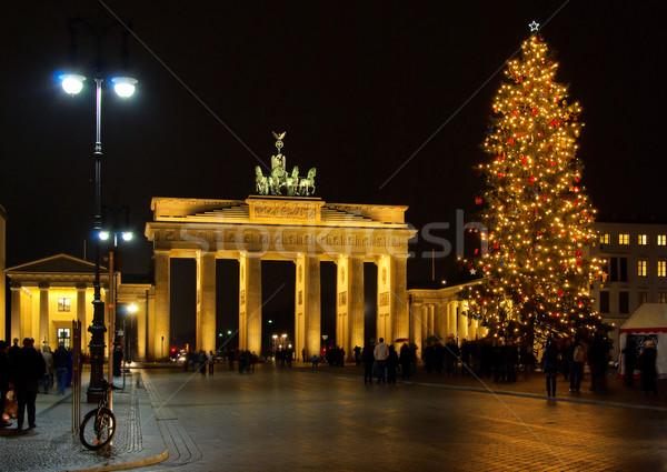 berlin brandenburger tor weihnachten berlin brandenburg. Black Bedroom Furniture Sets. Home Design Ideas